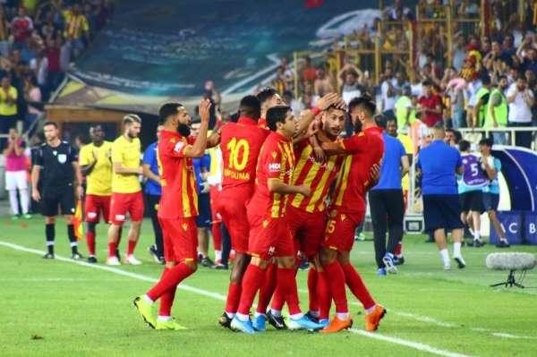 UEFA Avrupa Ligi: Evkur Yeni Malatyaspor: 1 - Partizan: 0 (Maç devam ediyor)