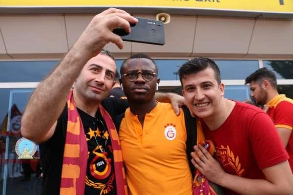 Galatasaray sezonun ilk maçı için Denizli'ye geldi