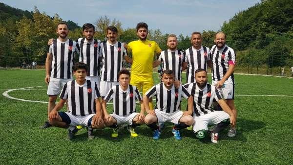 Köyler arası futbol turnuvasının şampiyonu Merkez Şirinköyspor oldu