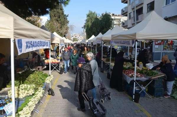 Kuşadası'nda yöresel pazara yoğun ilgi