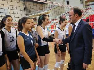 Pamukkale Belediyespor Bayan Voleybol Takımı'nda hedef 2.Lig