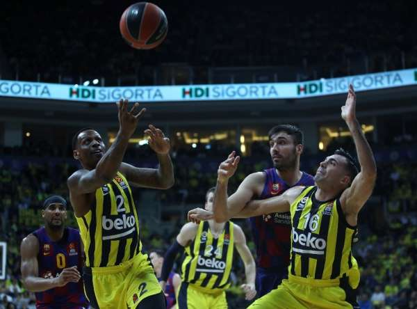 THY Euroleague: Fenerbahçe Beko: 74 - FC Barcelona: 80