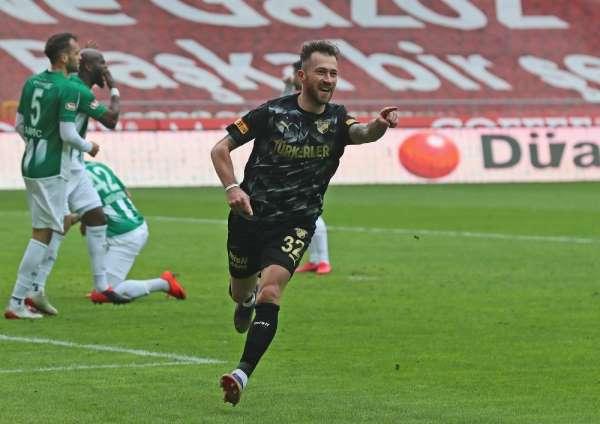 Göztepe'yi yeni transferi Zulj galibiyete taşıdı