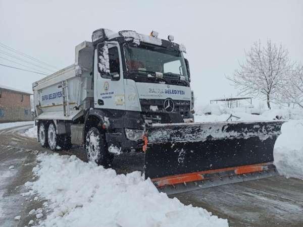 Bafra Belediyesi'nden kar mesaisi