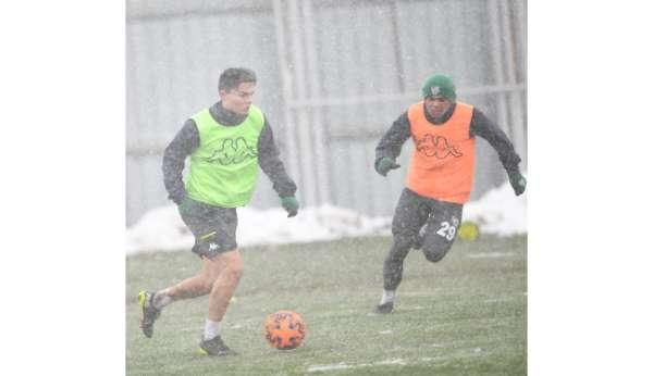 Bursaspor ara vermeden Balıkesirspor maçı hazırlıkları başladı