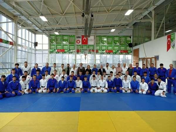 Görme Engelli Judo Milli Takımı Samsun'da kampa girdi