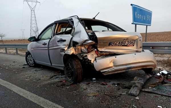 Yoldaki lastik parçası kazaya neden oldu: 2 yaralı