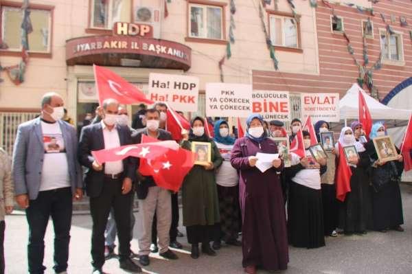 Diyarbakır anneleri: DEVA, hiçbir derdimize deva değil. Biz, terörle mücadele ediyoruz