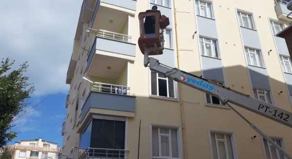 Elektrik arıza ekipleri hayat kurtardı