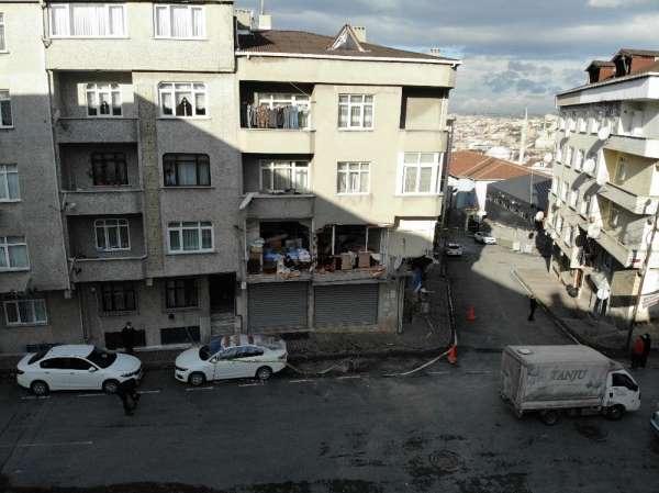 Gaziosmanpaşada patlamada hasar gören bina havadan görüntülendi