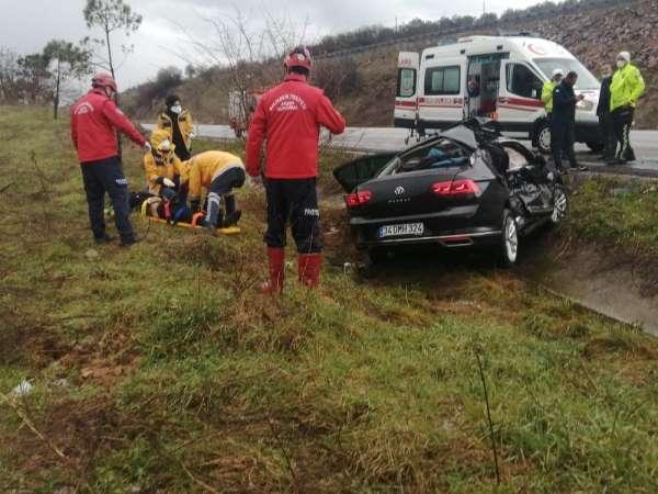 Susurlukta 4 aracın karıştığı trafik kazası: 2 yaralı