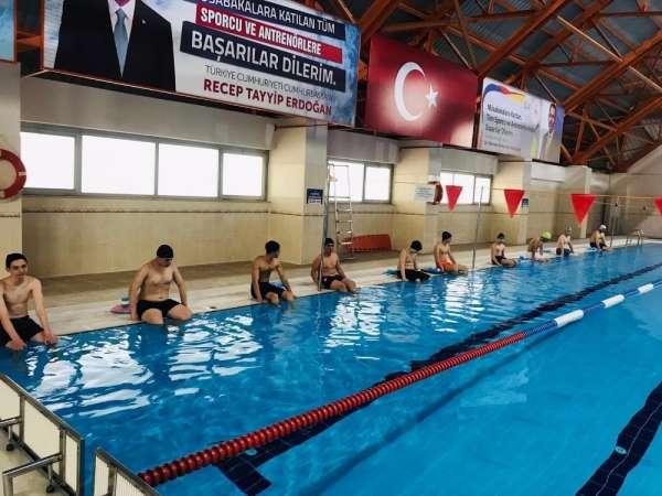 Yüzme bilmeyen kalmasın projesi devam ediyor