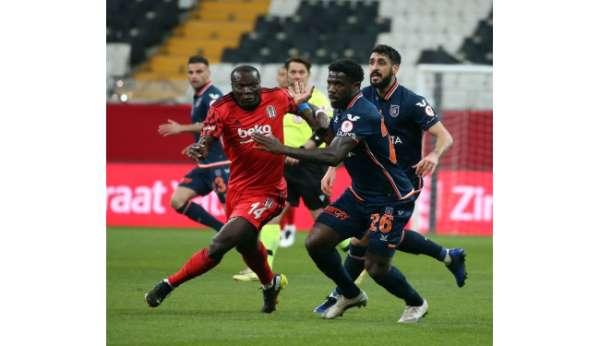 Ziraat Türkiye Kupası: Beşiktaş: 2 - Medipol Başakşehir: 0 (İlk yarı)