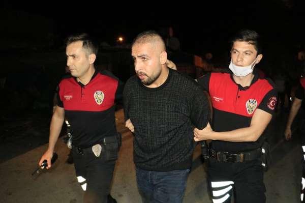 Adana'da, 'dur' ihtarına uymayıp kaza yapan ve kaçan şahıslar evlerinde yakaland