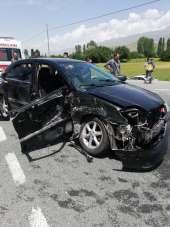 Erzincan'da trafik kazası: 10 yaralı
