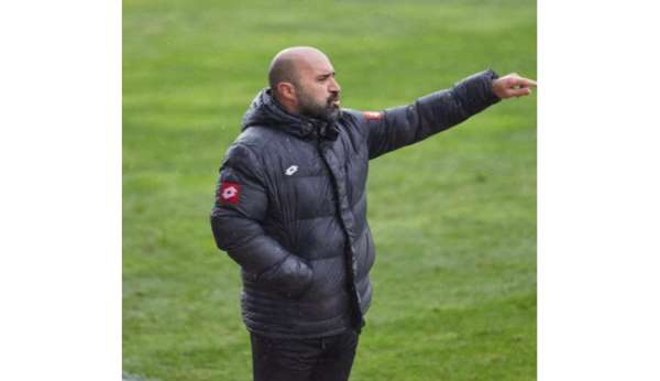 Bucaspor, Uğur Balcıoğlu ile yoluna devam ediyor
