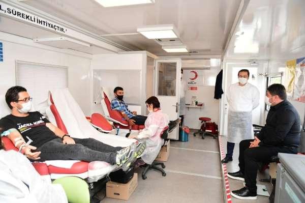 Altınordu Belediyesi'nden Kızılay'a kan desteği