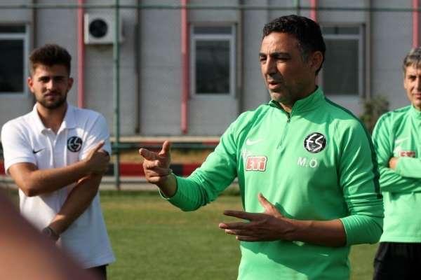 Mustafa Özer: 'Genç oyuncularımızla mücadelemize devam'