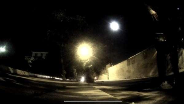 (Özel) İstanbul'da motosikletli ile kağıt toplayıcısının çarpıştığı kaza kamerad