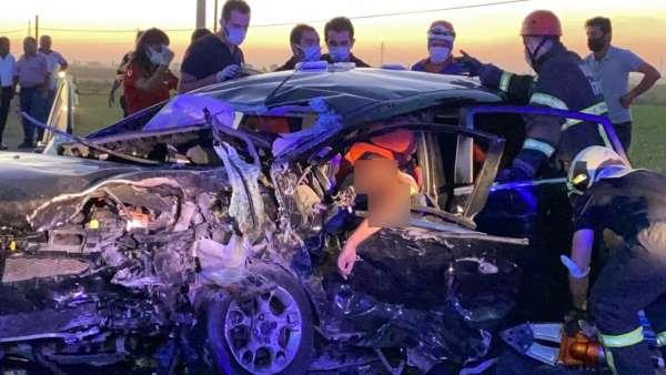 Düğün konvoyunda zincirleme kaza: 2 ölü, 3ü ağır 6 yaralı