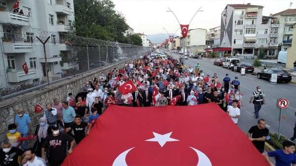 Gölcükten terör örgütüne Türkiye geçilmez mesajı