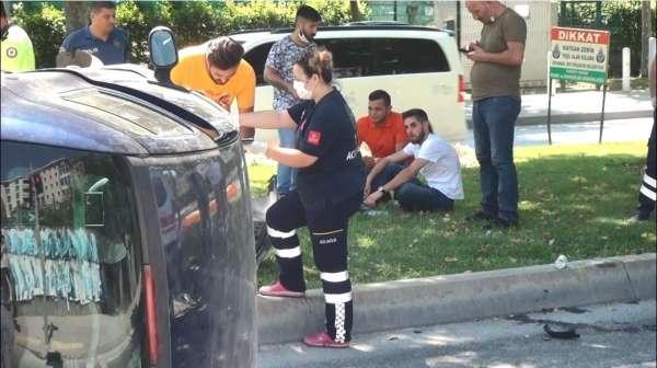 İstanbulda feci kaza: Burnu bile kanamadan kurtuldu, aracına böyle baktı