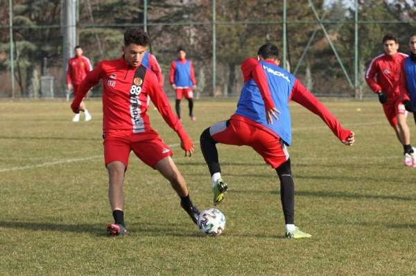 EsEs Menemenspor maçı hazırlıklarına başladı