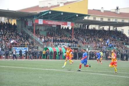 Süper Amatör Lig'de Cizre Serhatspor Şırnak Belediyespor'u 2-1 yendi