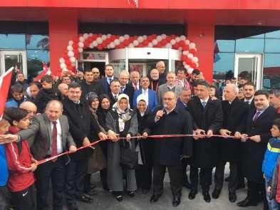Ümraniyespor Kulübü Kamp Merkezi ve Kulüp Yönetimi Binası hizmete açıldı