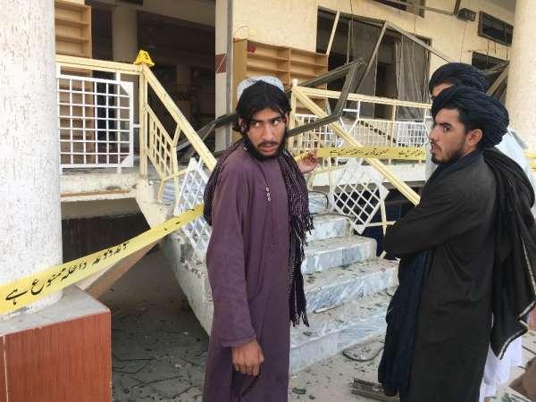 Pakistan'daki cami saldırısında Taliban liderinin kardeşi öldü