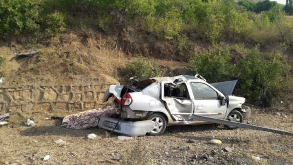 Sivas'ta trafik kazası: 2 ölü