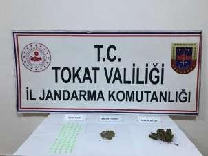 Ankara'dan getirilen uyuşturucuları piyasaya süreceklerdi
