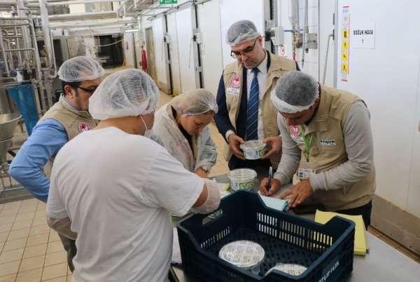 Adana'da süt ve süt ürünlerine yönelik denetim