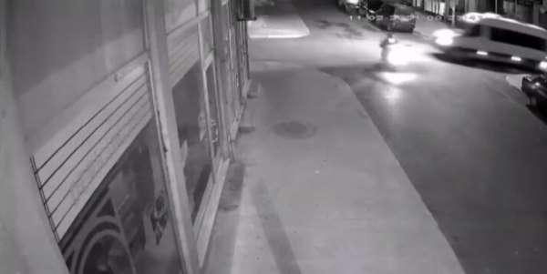 (Özel) Pendik'te feci motosiklet kazası kamerada