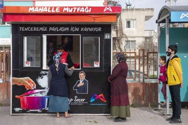 Büyükşehir Belediyesi 11 noktada Mahalle Mutfak Büfesi kurdu