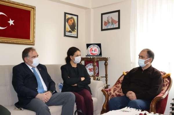 Şehit öğretmen Aybüke Yalçının ailesine ziyaret