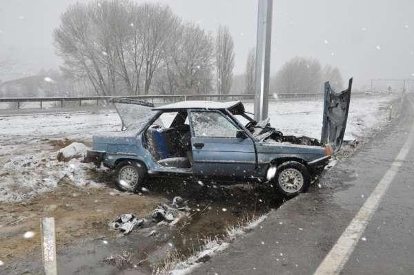 Sorgunda iki farklı trafik kazası: 1 ölü, 5i öğretmen 6 yaralı