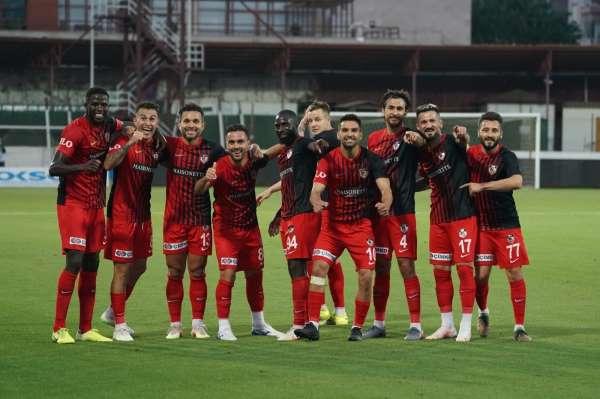 Gaziantep FKda 10 futbolcunun sözleşmesi sona erdi