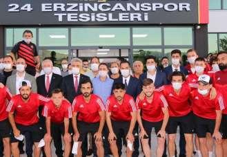 24Erzincanspor play- off için yola çıktı