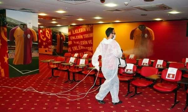 Galatasarayın stadı, Göztepe maçı öncesi dezenfekte edildi