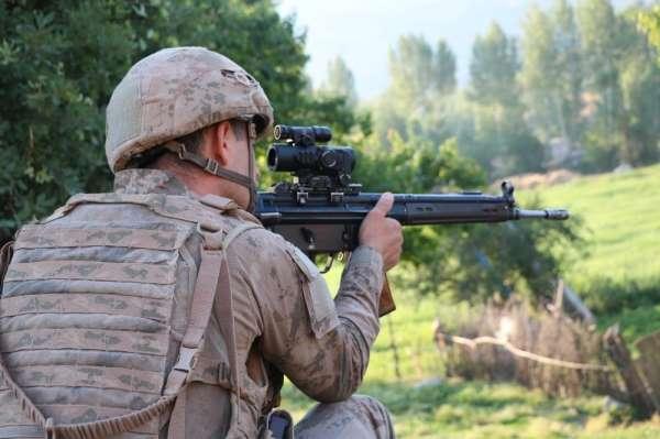 Siirt'te PKK terör örgütüne üye olmaktan aranan 4 kişi yakalandı