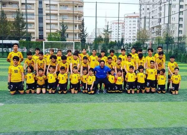 Silvan'da futbol okulu açılıyor
