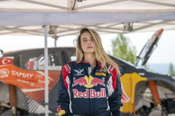 Müge Boz ve Red Bull sporcusu Yağız Avcı ile adrenalin tavan yaptı