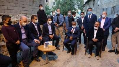 Bakan Soylu'dan teröristlerin katlettiği vatandaşların ailelerine taziye ziyaret