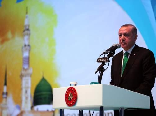 Cumhurbaşkanı Erdoğan: 'Diyanet İşleri Başkanlığımızı siyasi malzeme yapmayalım'