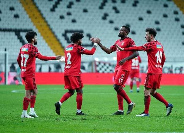 Ziraat Türkiye Kupası: Beşiktaş: 2 - Tarsus İdman Yurdu: 0 (İlk yarı)