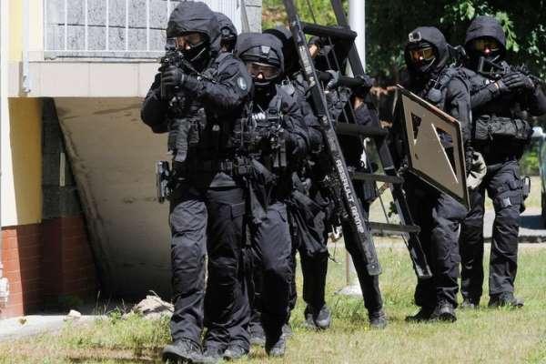 Polonya'da terör operasyonu