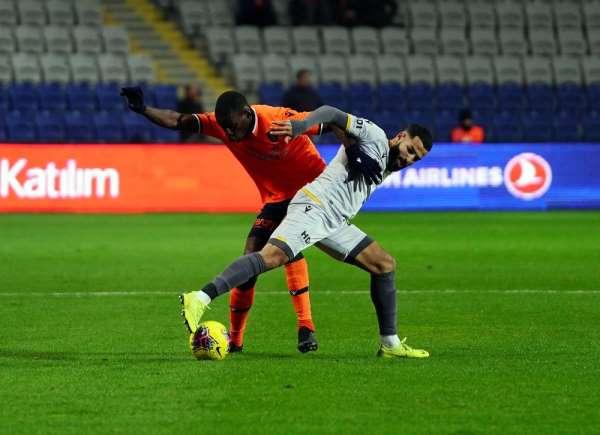Süper Lig: Medipol Başakşehir: 4 - Yeni Malatyaspor: 1 (Maç sonucu)