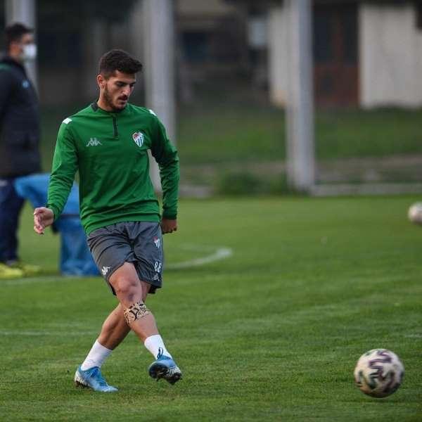Bursasporun üç futbolcusu U19 Milli Takımına çağrıldı