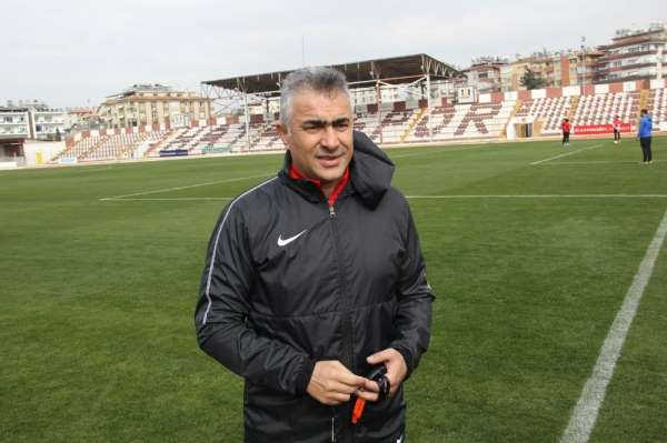 Altıparmak: '12 maç sonra Süper Lig'e çıkacağız'